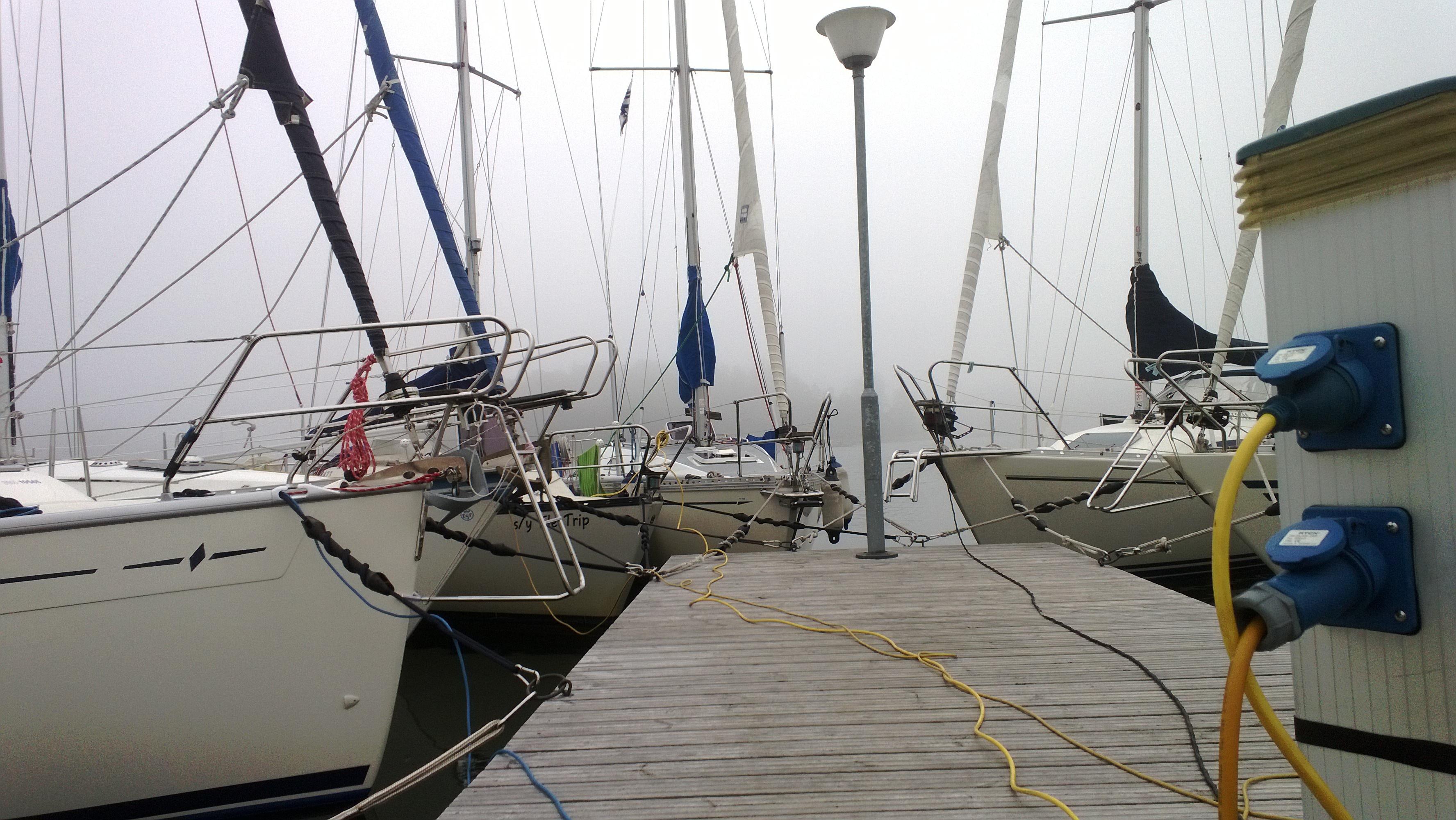 Veneet ja satamat